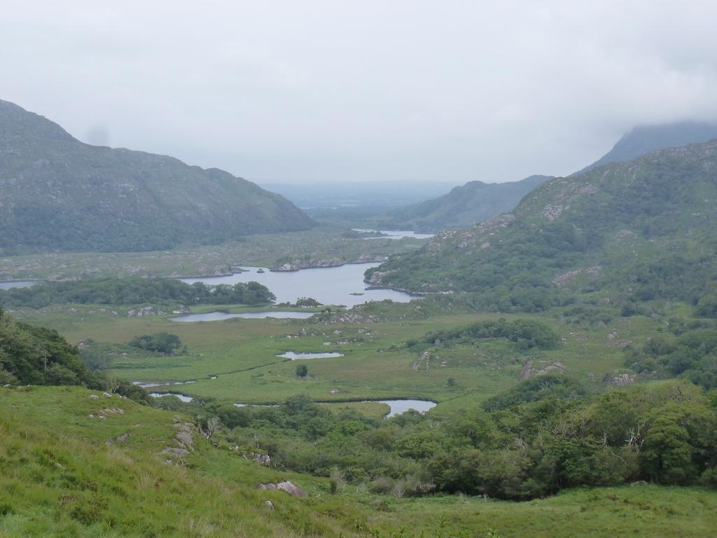 De Lakes of Killarney.