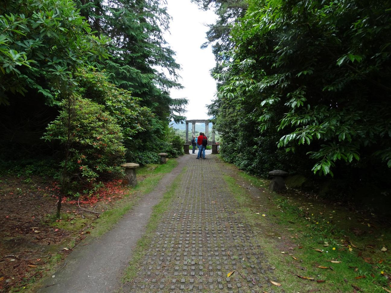 Looppad naar de Temple