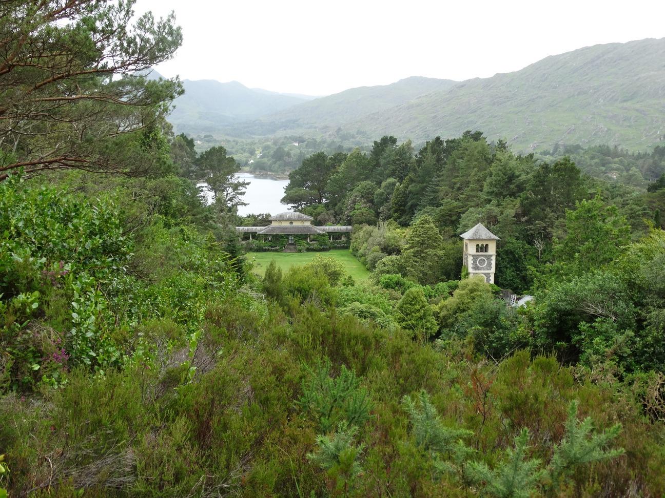 Uitzicht over eiland vanaf een uitkijkpunt