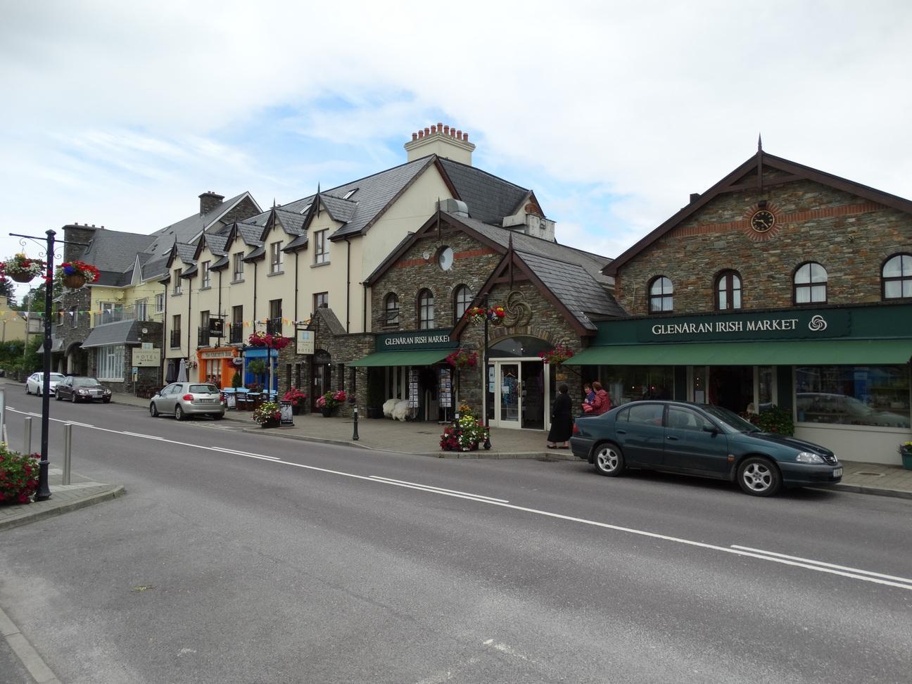 GlenGarriff: MainStreet